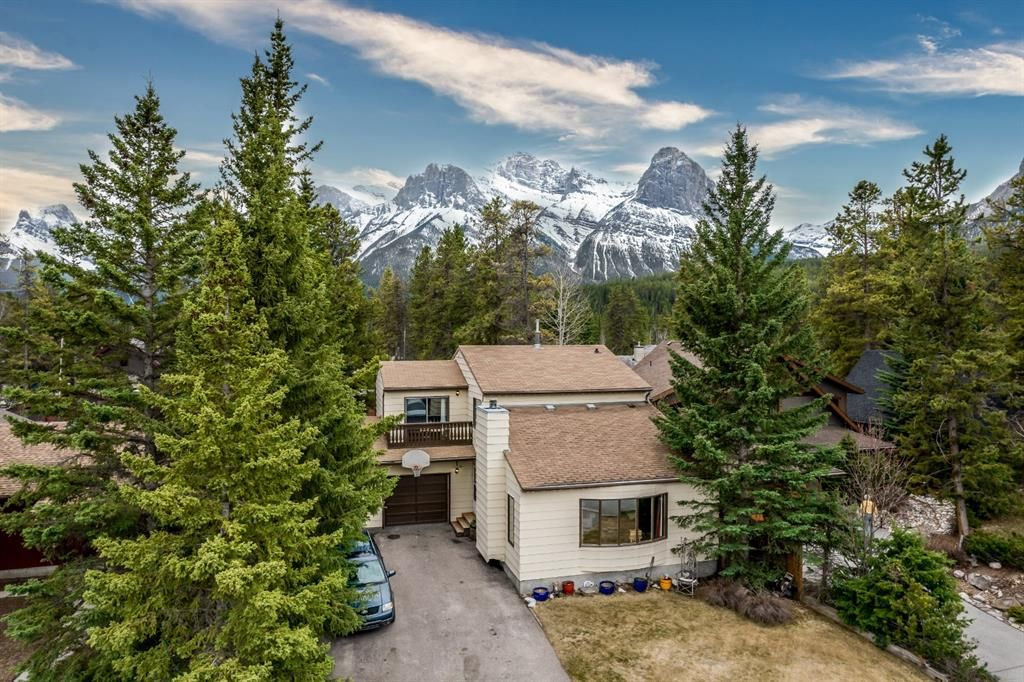 Main Photo: 1217 16TH Street: Canmore Detached for sale : MLS®# A1106588