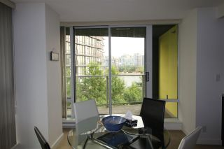 Photo 2: 502 918 COOPERAGE WAY in Vancouver: Yaletown Condo for sale (Vancouver West)  : MLS®# R2187867