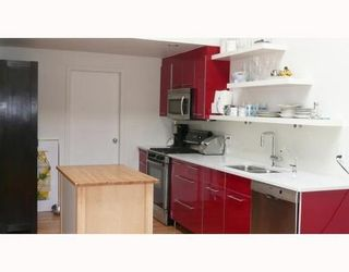 Photo 2: 3 1227 7TH Ave in Vancouver East: Home for sale : MLS®# V708004