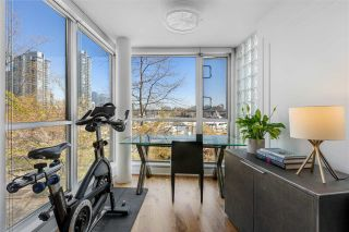"""Photo 27: 110 1228 MARINASIDE Crescent in Vancouver: Yaletown Townhouse for sale in """"Crestmark II"""" (Vancouver West)  : MLS®# R2564048"""