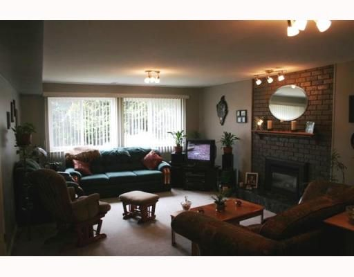 Photo 7: Photos: 1321 BARBERRY Drive in Port_Coquitlam: Birchland Manor House for sale (Port Coquitlam)  : MLS®# V761008