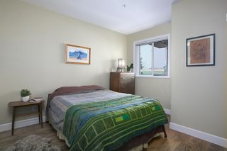 "Photo 9: 304 2588 ALDER Street in Vancouver: Fairview VW Condo for sale in ""BOLLERT PLACE"" (Vancouver West)  : MLS®# R2304230"