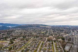"Photo 17: 6102 4510 HALIFAX Way in Burnaby: Brentwood Park Condo for sale in ""AMAZING BRENTWOOD"" (Burnaby North)  : MLS®# R2429867"