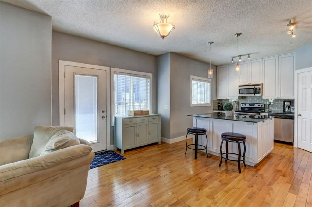 Photo 6: Photos: 1719 Baywater View SW: Airdrie Detached for sale : MLS®# A1124515