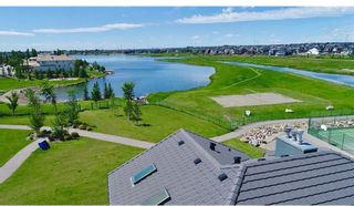 Photo 3: 159 COVE Close: Chestermere Detached for sale : MLS®# A1089641