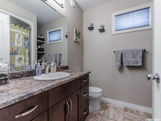 Photo 18: 1414 Paton Crescent in Saskatoon: Willowgrove Residential for sale : MLS®# SK859637