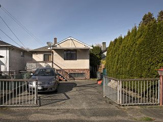 Photo 14: 3030 E 17th Av in Vancouver East: Renfrew Heights House for sale : MLS®# V1054398