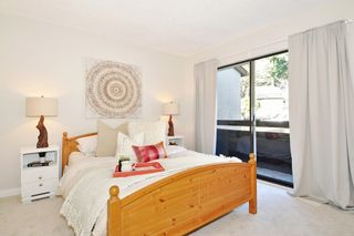 Photo 10: 563 IOCO Road in Port Moody: North Shore Pt Moody Townhouse for sale : MLS®# R2440860