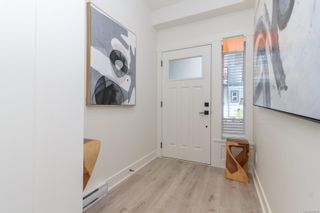 Photo 2: 1216 Moonstone Loop in : La Bear Mountain Row/Townhouse for sale (Langford)  : MLS®# 859856