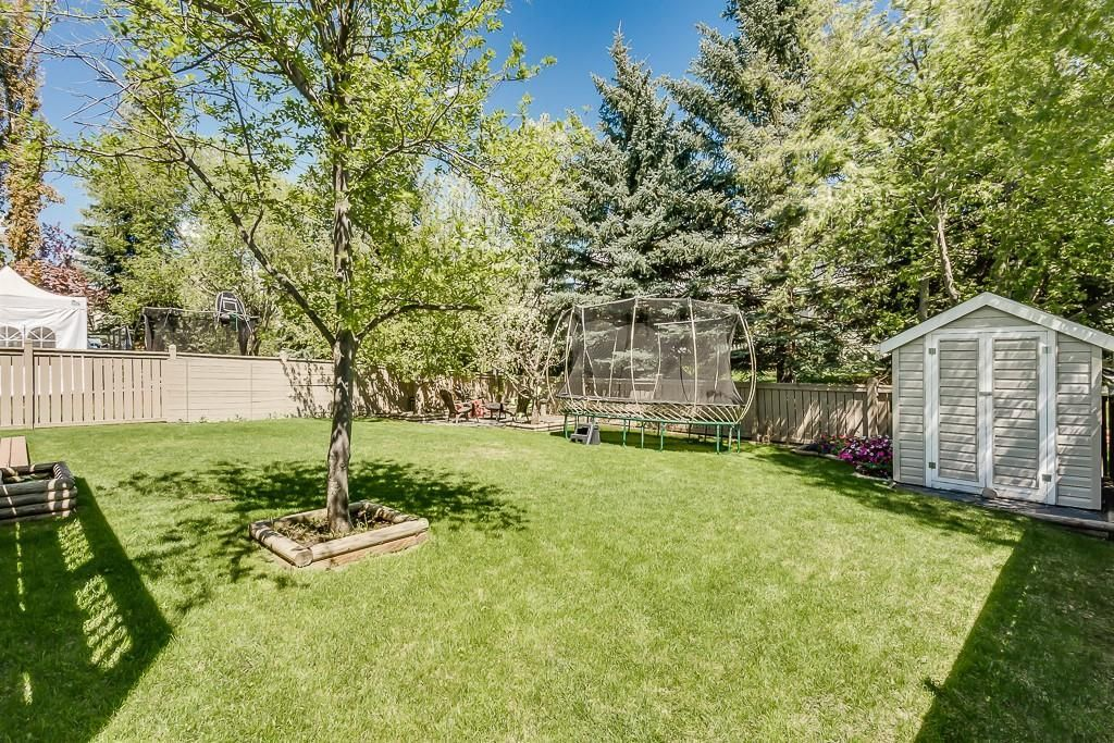 Photo 39: Photos: 115 SIERRA MORENA Circle SW in Calgary: Signal Hill Detached for sale : MLS®# C4299539