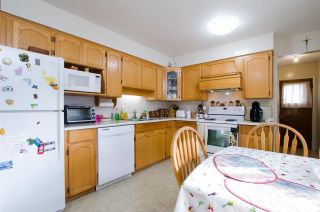Photo 5: 2880 E 22ND Avenue in Vancouver: Renfrew Heights House for sale (Vancouver East)  : MLS®# R2442140