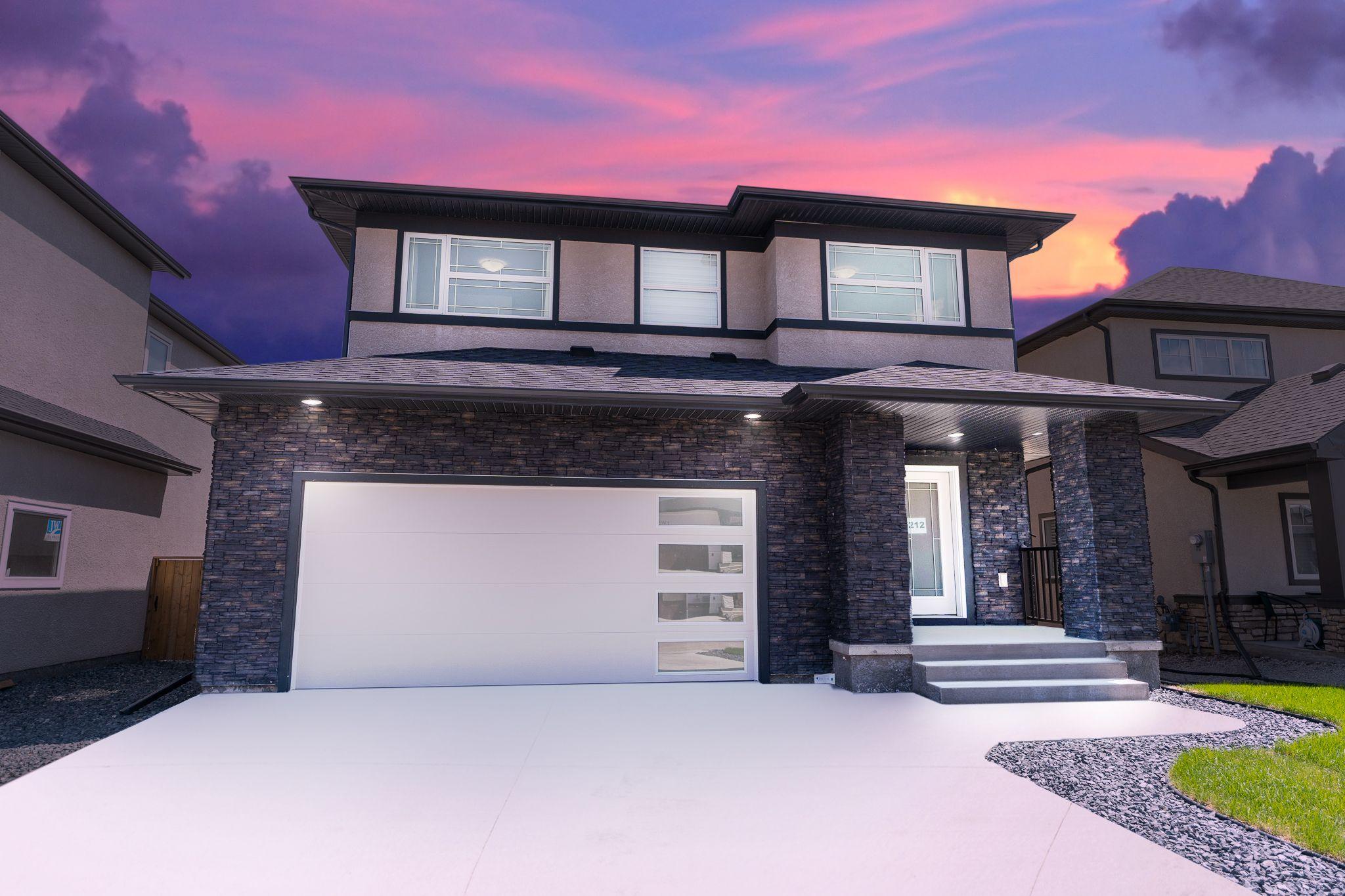 Main Photo: 212 Creekside Road in Winnipeg: Bridgwater Lakes Residential for sale (1R)  : MLS®# 202112826