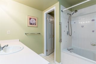 """Photo 22: 87 8737 212 Street in Langley: Walnut Grove Townhouse for sale in """"Chartwell Green"""" : MLS®# R2557412"""