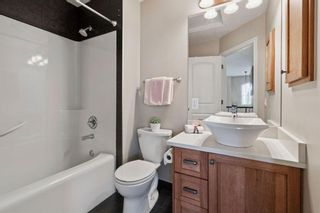 Photo 21: 1 Everglade Place SW in Calgary: Evergreen Detached for sale : MLS®# A1104677