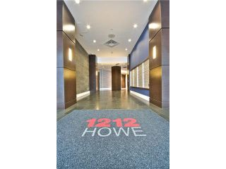 "Photo 3: 703 1212 HOWE Street in Vancouver: Downtown VW Condo for sale in ""1212 HOWE"" (Vancouver West)  : MLS®# V1111343"