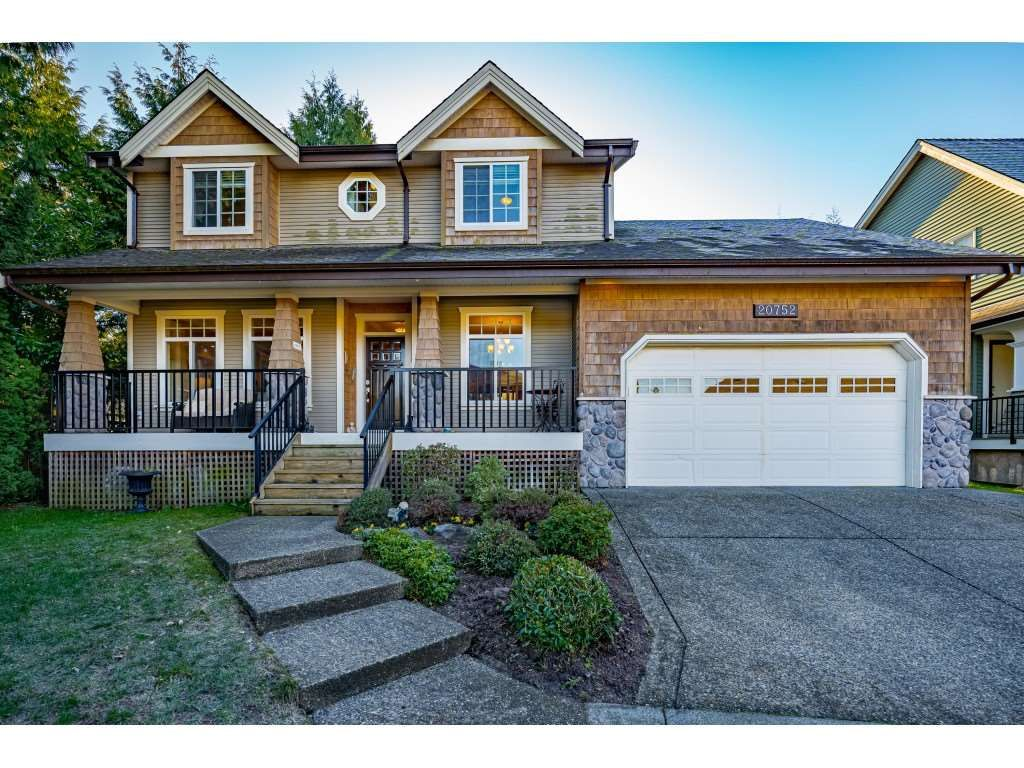 """Main Photo: 20752 GRADE Crescent in Langley: Langley City House for sale in """"Lower Mossey"""" : MLS®# R2533106"""