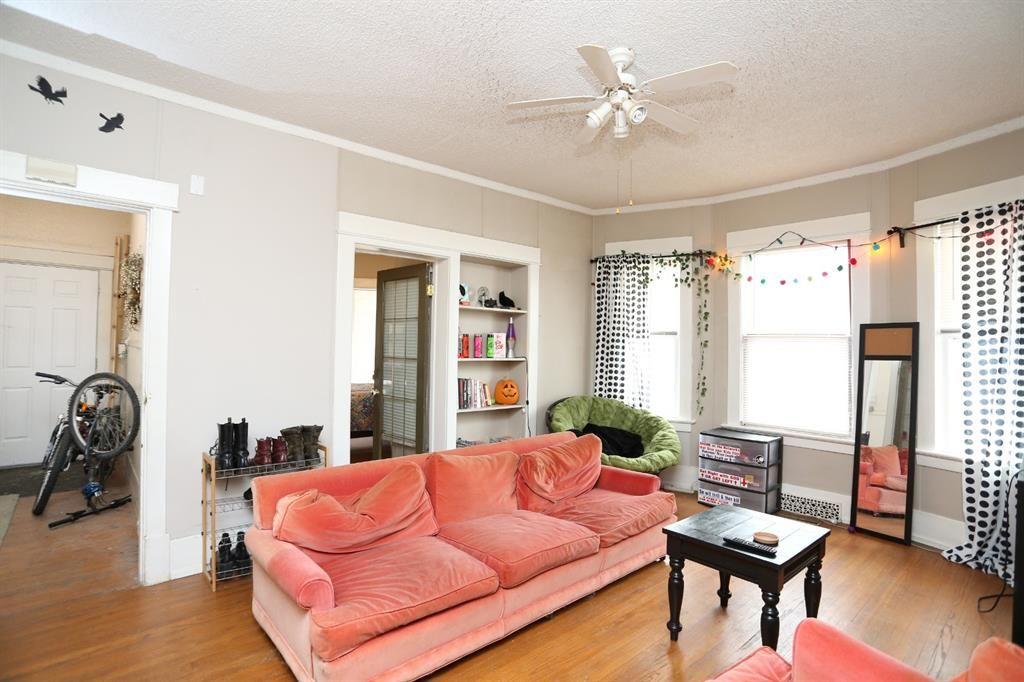 Photo 6: Photos: 320 21 Avenue SW in Calgary: Mission Detached for sale : MLS®# A1097564