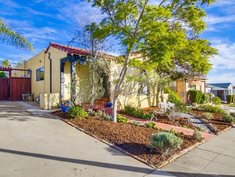 Main Photo: CITY HEIGHTS House for sale : 2 bedrooms : 3251 Belle Isle Drive in San Diego