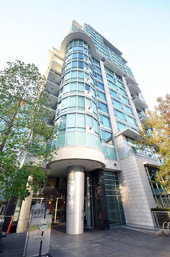 Photo 2: Photos: 499 Broughton Street in Vancouver: Coal Harbour Condo for rent (Vancouver West)
