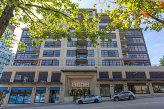 """Photo 1: 702 306 SIXTH Street in New Westminster: Uptown NW Condo for sale in """"AMADEO"""" : MLS®# R2618269"""