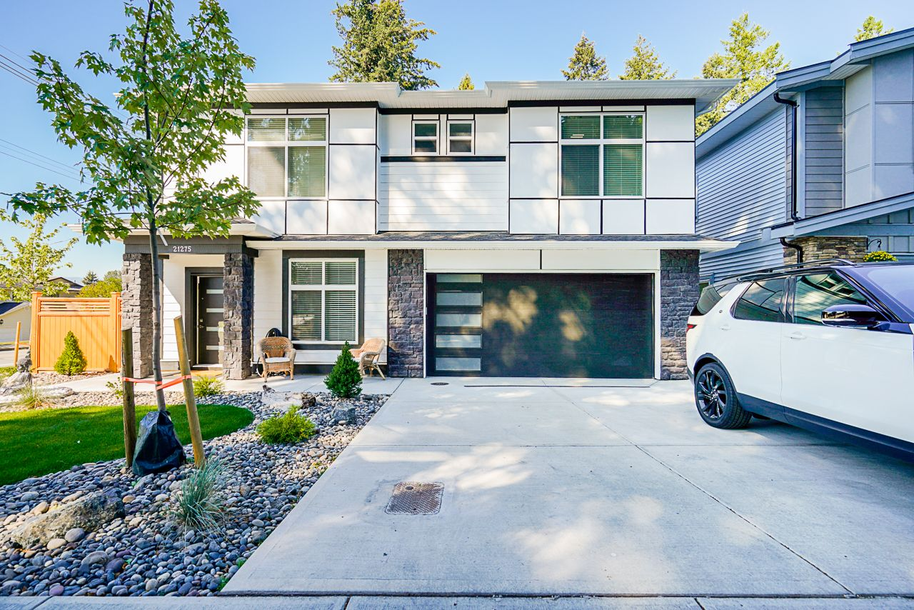 Main Photo: 21275 123B Avenue in Maple Ridge: West Central House for sale : MLS®# R2504414