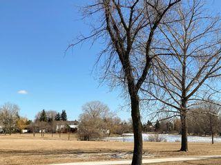 Photo 38: 15 Meadowbrook Road in Winnipeg: Southdale Residential for sale (2H)  : MLS®# 202107336
