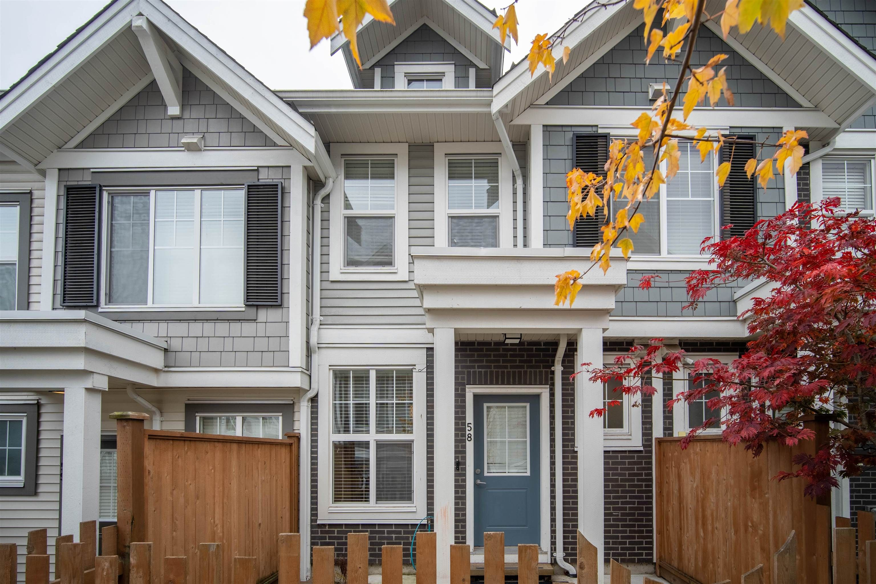 """Main Photo: 58 7169 208A Street in Langley: Willoughby Heights Townhouse for sale in """"Lattice"""" : MLS®# R2623740"""