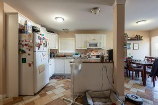 Photo 12: A 677 Otter Rd in : CR Campbell River Central Half Duplex for sale (Campbell River)  : MLS®# 881477