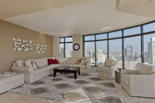Photo 6: DOWNTOWN Condo for sale : 2 bedrooms : 200 Harbor Dr #2402 in San Diego