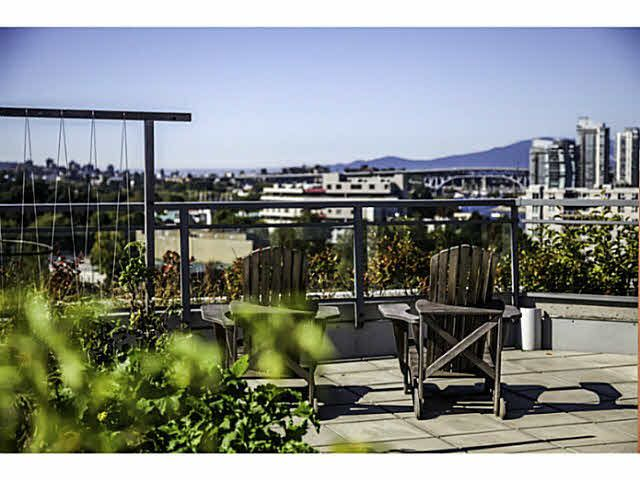 "Main Photo: 405 495 W 6TH Avenue in Vancouver: False Creek Condo for sale in ""LOFT 495"" (Vancouver West)  : MLS®# V1089822"