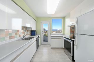 """Photo 7: 700 328 CLARKSON Street in New Westminster: Downtown NW Condo for sale in """"HIGHOURNE TOWER"""" : MLS®# R2544152"""