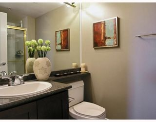 """Photo 7: 2605 867 HAMILTON Street in Vancouver: Downtown VW Condo for sale in """"JARDINE'S LOOKOUT"""" (Vancouver West)  : MLS®# V779994"""