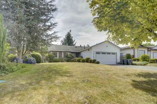 Photo 2: 15484 19 Avenue in Surrey: King George Corridor House for sale (South Surrey White Rock)  : MLS®# R2398510