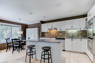 """Photo 4: 128 2998 ROBSON Drive in Coquitlam: Westwood Plateau Townhouse for sale in """"Foxrun"""" : MLS®# R2551849"""