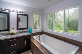 Photo 14: 5433 CHIEF LAKE Road in Prince George: North Kelly House for sale (PG City North (Zone 73))  : MLS®# R2332570
