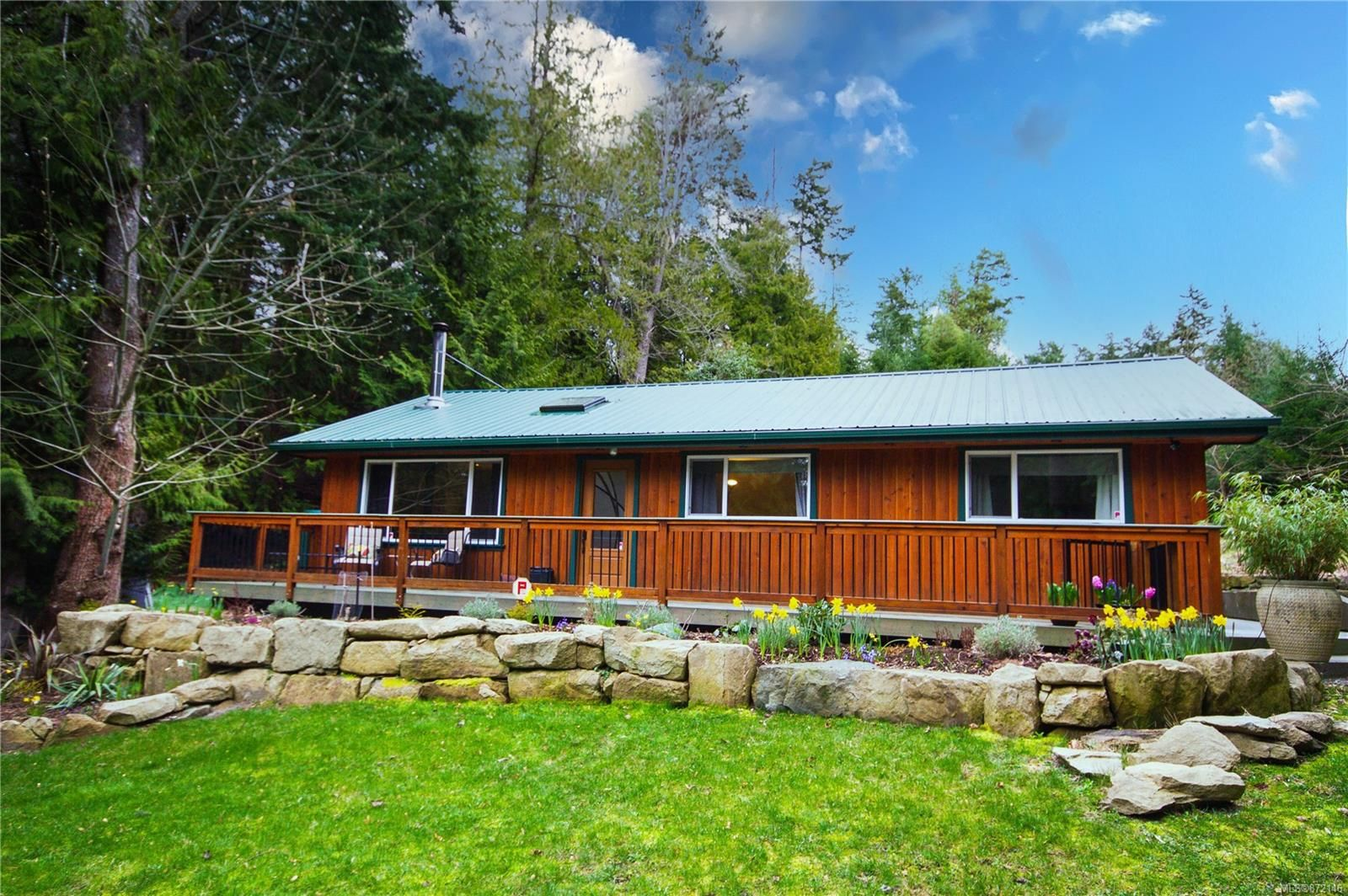 Main Photo: 1264 Harrison Way in : Isl Gabriola Island House for sale (Islands)  : MLS®# 872146