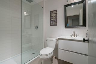 Photo 14: 1 1450 CHESTERFIELD AVENUE in Mountainview: Home for sale : MLS®# R2201153