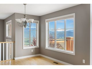 """Photo 5: 4 35931 EMPRESS Drive in Abbotsford: Abbotsford East Townhouse for sale in """"Majestic Ridge"""" : MLS®# R2510144"""