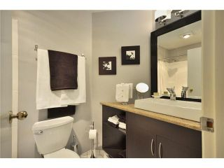 """Photo 7: F8 1100 W 6TH Avenue in Vancouver: Fairview VW Townhouse for sale in """"FAIRVIEW PLACE"""" (Vancouver West)  : MLS®# V828284"""
