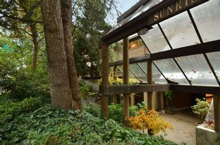 """Photo 1: 206 1345 W 15TH Avenue in Vancouver: Fairview VW Condo for sale in """"SUNRISE WEST"""" (Vancouver West)  : MLS®# R2007756"""