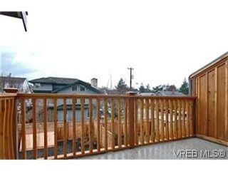 Photo 8: 156 Linden Ave in VICTORIA: Vi Fairfield West Half Duplex for sale (Victoria)  : MLS®# 421045