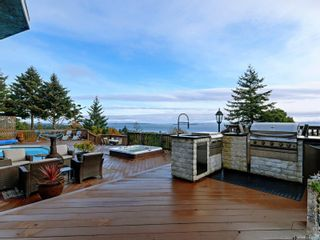 Photo 4: 5063 Catalina Terr in : SE Cordova Bay House for sale (Saanich East)  : MLS®# 859966