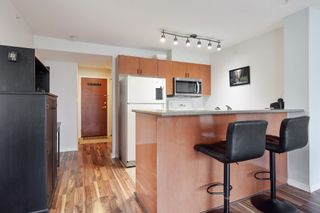 """Photo 6: 710 2733 CHANDLERY Place in Vancouver: South Marine Condo for sale in """"River Dance"""" (Vancouver East)  : MLS®# R2573538"""
