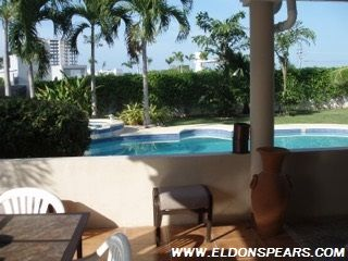 Photo 2: Playa Blanca Villa for Sale!
