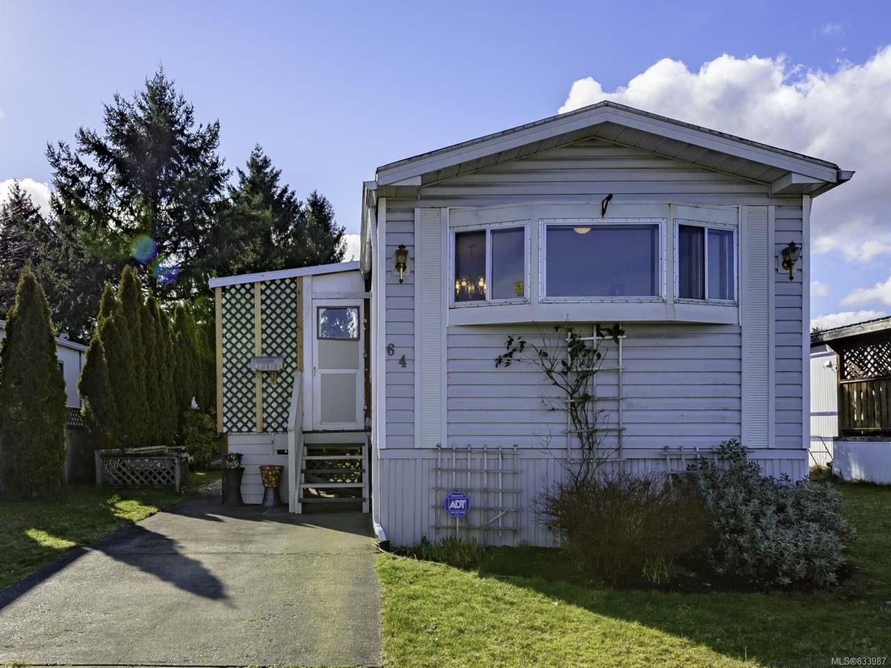 Photo 2: Photos: 64 390 Cowichan Ave in COURTENAY: CV Courtenay East Manufactured Home for sale (Comox Valley)  : MLS®# 833987