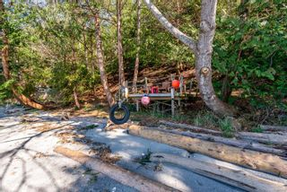 Photo 11: 3845 Shingle Spit Rd in : Isl Hornby Island House for sale (Islands)  : MLS®# 870117