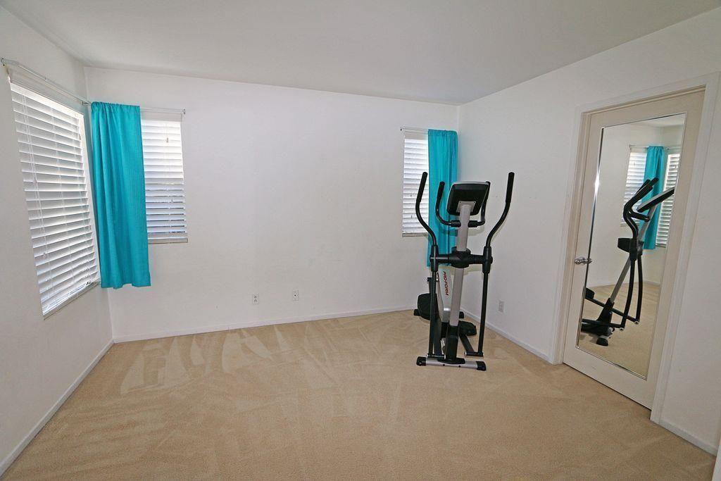 Photo 17: Photos: EAST ESCONDIDO House for sale : 5 bedrooms : 2329 fallbrook in Escondido