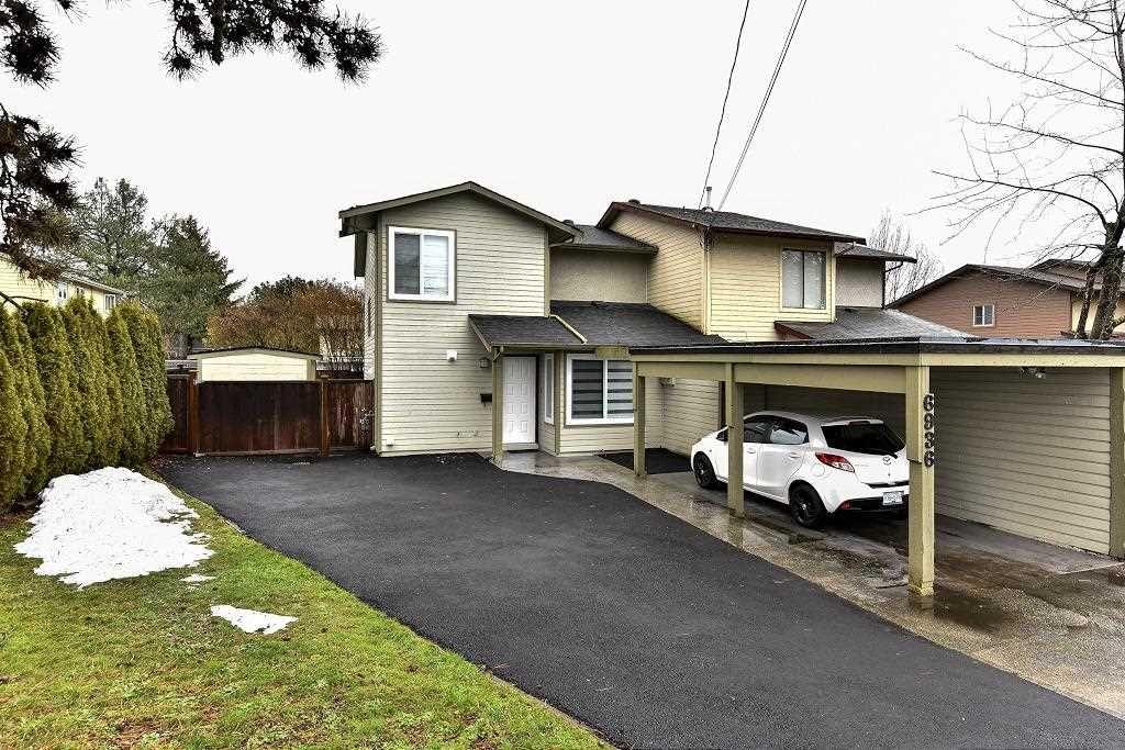 Main Photo: 6936 134 STREET in Surrey: West Newton 1/2 Duplex for sale : MLS®# R2151866