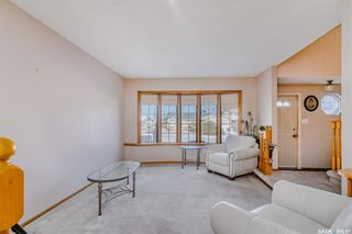 Photo 2: 366 Wakaw Crescent in Saskatoon: Lakeview SA Residential for sale : MLS®# SK855263