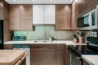"""Photo 10: 311 1405 W 15TH Avenue in Vancouver: Fairview VW Condo for sale in """"Landmark Gardens"""" (Vancouver West)  : MLS®# R2622148"""